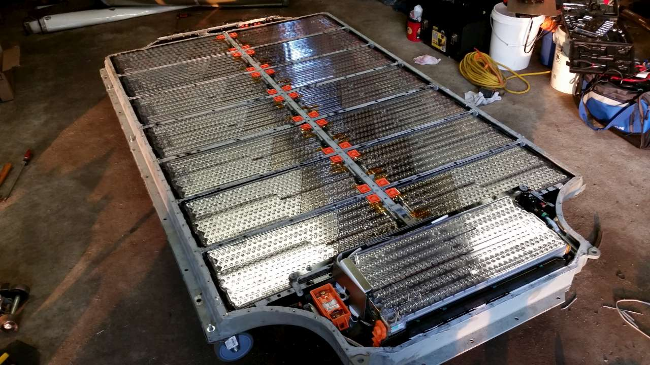 P100D battery configuration